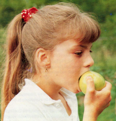 Ένα μήλο την ημέρα, το γιατρό τον κάνει